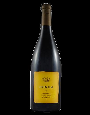Donum Estate Carneros Pinot Noir Bottle